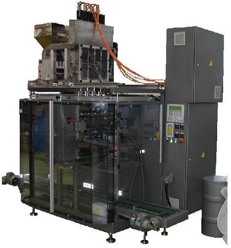 Вертикальная упаковочная машина автомат оборудование в комплектации для расфасовки порошкообразных продуктов в четырехшовные прямоугольные порционные пакеты типа сашет sachet